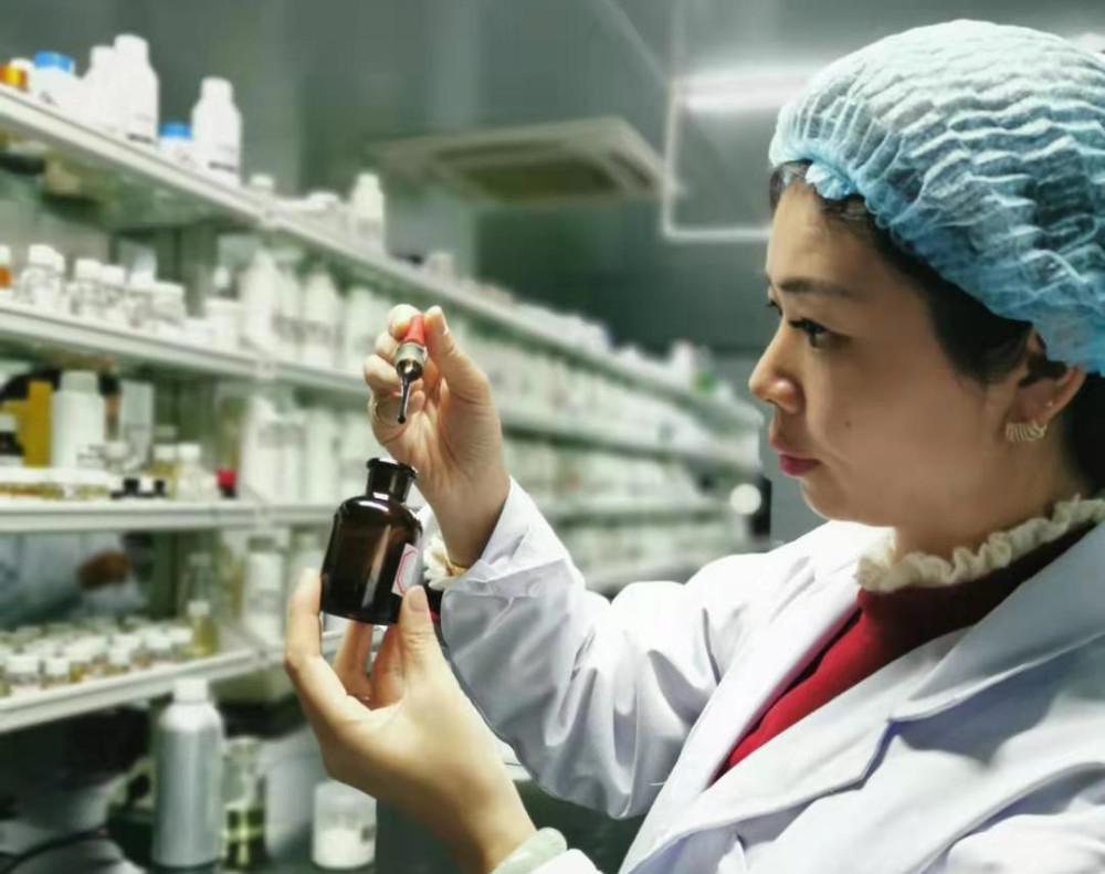 【热文】化妆品高级配方师娟娟皮肤管理学-关于护肤的基础知识